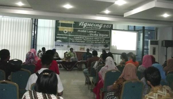 Suasana diskusi di Gedung UMKM Centre Jawa Tengah, Jumat (24/O4/2015)